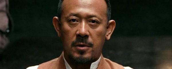 姜文在邪不压正电影中饰演了什么角色