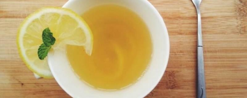 柠檬蜂蜜水能洗脸吗(柠檬蜂蜜水可以敷脸吗)插图