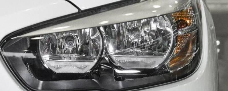 为什么汽车大灯内会出现雾气或水珠(汽车大灯内部有水雾是怎么回事)