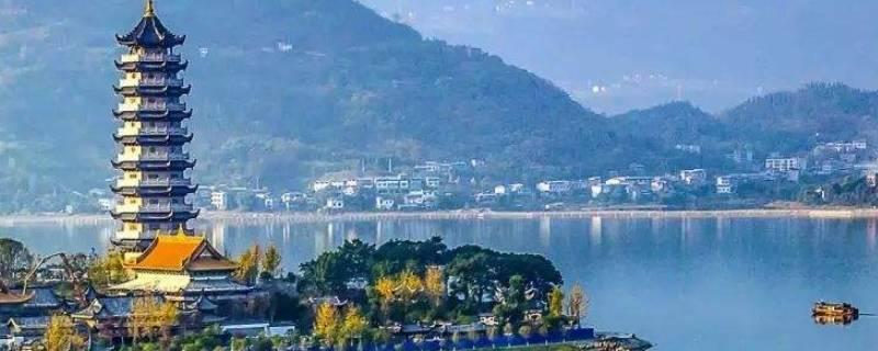 重庆汉丰湖在什么地方