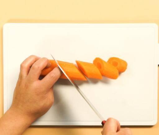 萝卜片怎么炒好吃(萝卜片怎么炒好吃又简单的做法)插图1