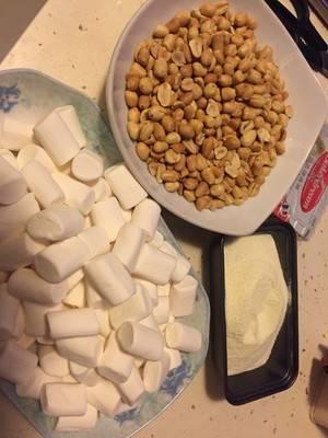 牛扎花生糖的做法(牛扎花生糖的做法300克棉花糖)插图1